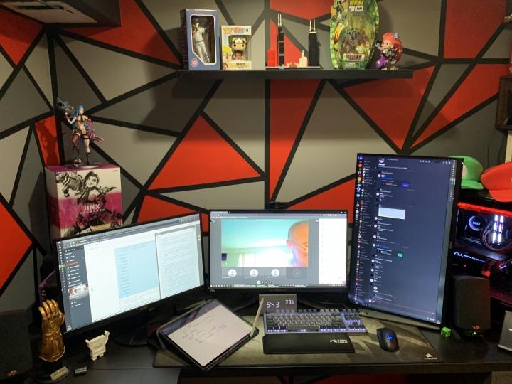 Show_Your_PC_Desk_Part189_58.jpg
