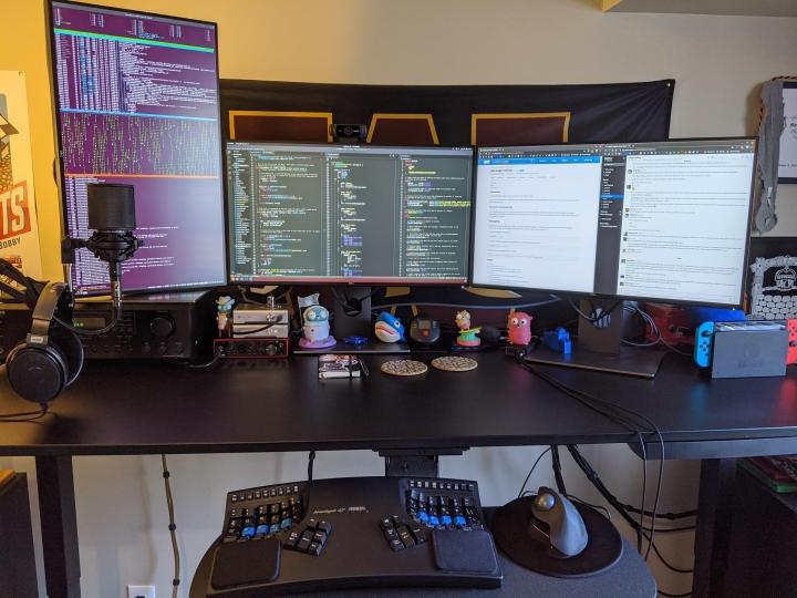 Show_Your_PC_Desk_Part189_80.jpg