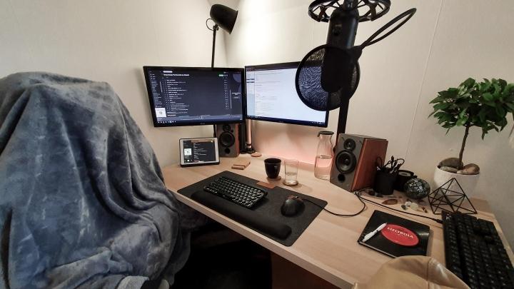 Show_Your_PC_Desk_Part189_84.jpg