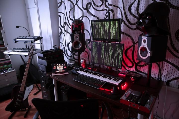 Show_Your_PC_Desk_Part189_90.jpg
