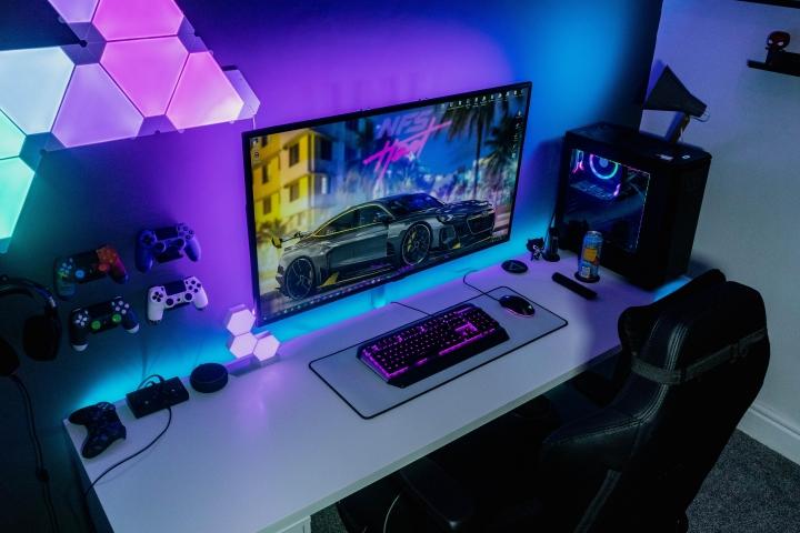 Show_Your_PC_Desk_Part189_94.jpg
