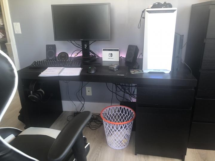 Show_Your_PC_Desk_Part189_96.jpg