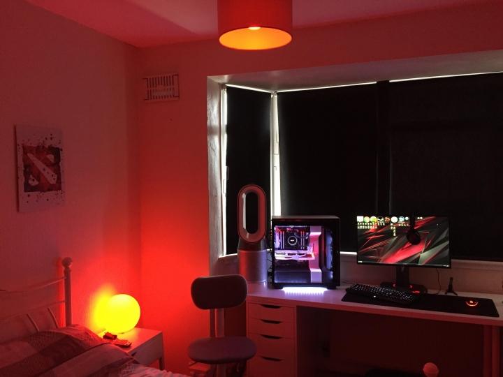 Show_Your_PC_Desk_Part190_05.jpg