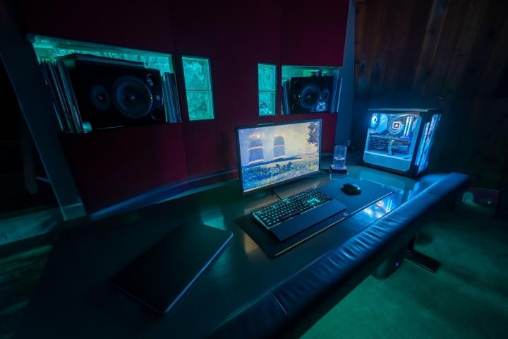 Show_Your_PC_Desk_Part190_10.jpg