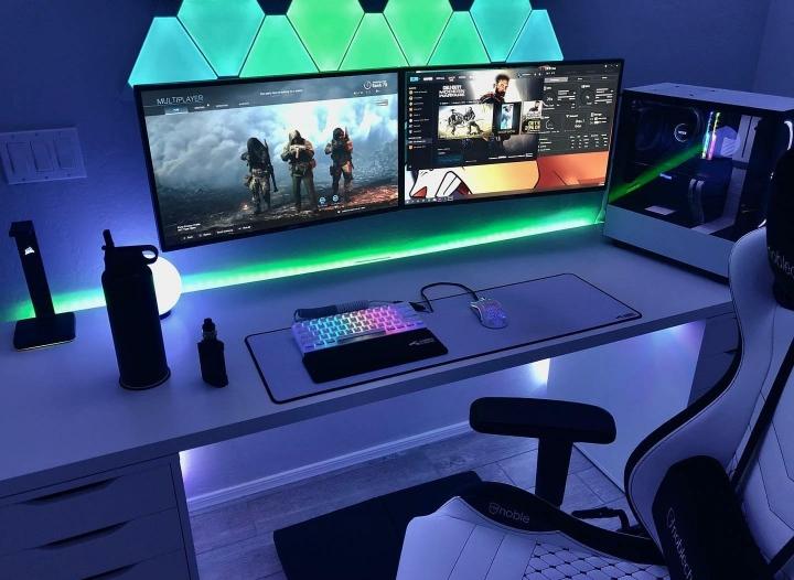 Show_Your_PC_Desk_Part190_12.jpg