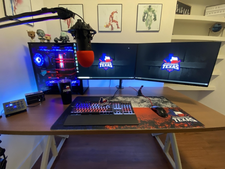 Show_Your_PC_Desk_Part190_16.jpg