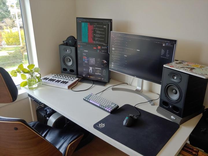 Show_Your_PC_Desk_Part190_18.jpg
