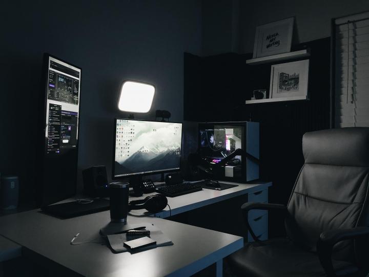Show_Your_PC_Desk_Part190_21.jpg