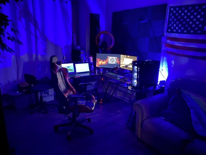 Show_Your_PC_Desk_Part190_25.jpg