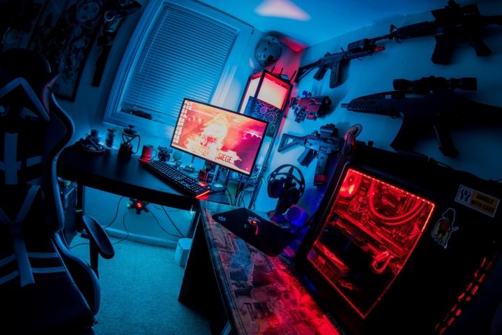 Show_Your_PC_Desk_Part190_39.jpg