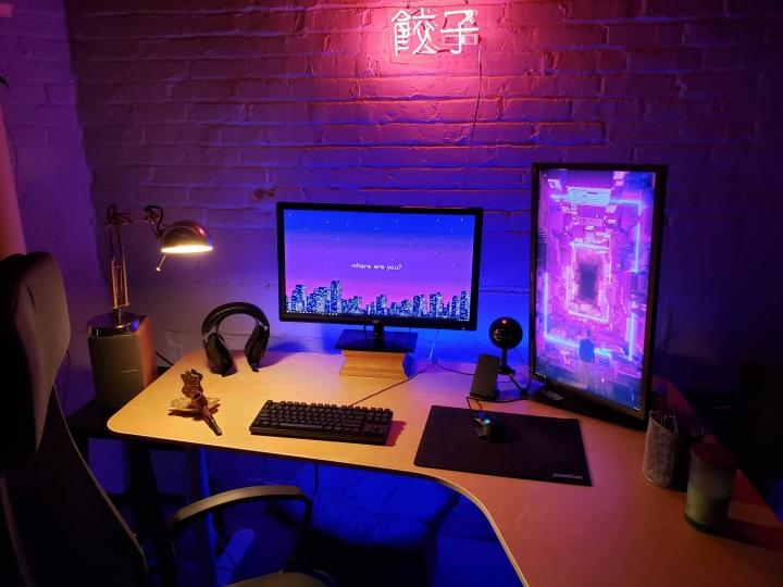 Show_Your_PC_Desk_Part190_54.jpg