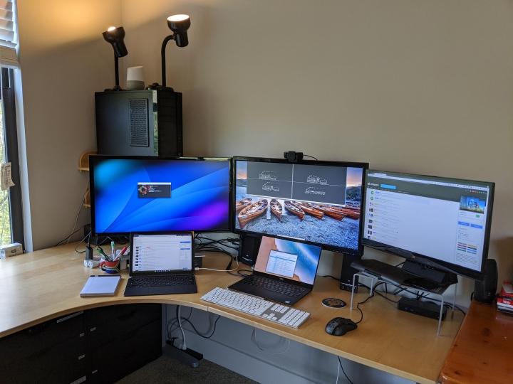 Show_Your_PC_Desk_Part190_72.jpg