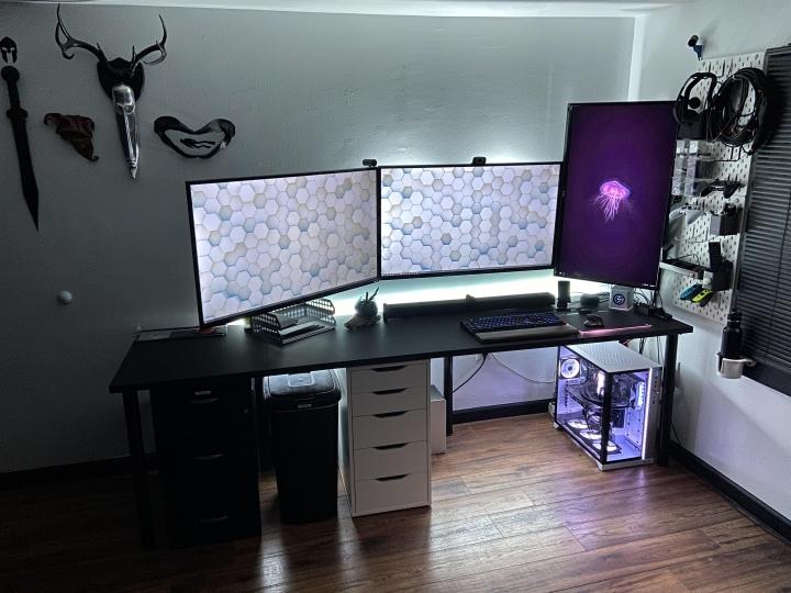 Show_Your_PC_Desk_Part190_80.jpg