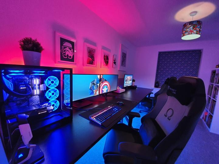 Show_Your_PC_Desk_Part190_81.jpg