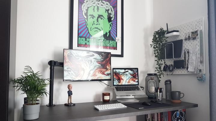 Show_Your_PC_Desk_Part190_82.jpg