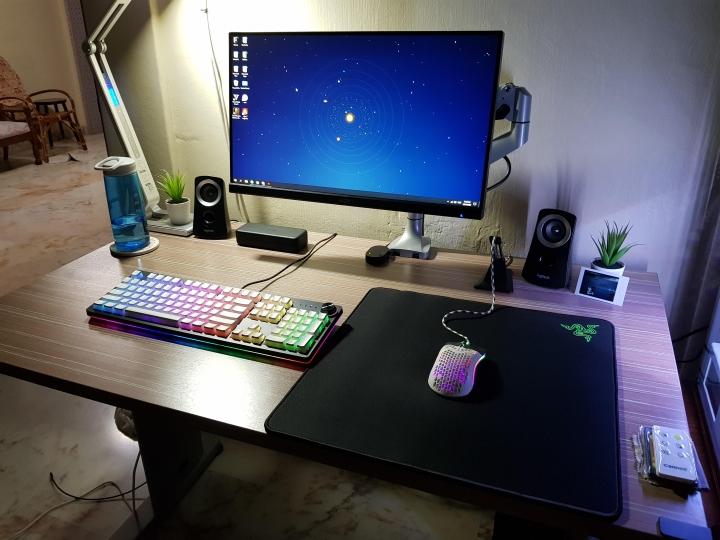 Show_Your_PC_Desk_Part190_85.jpg
