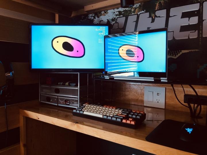 Show_Your_PC_Desk_Part190_89.jpg