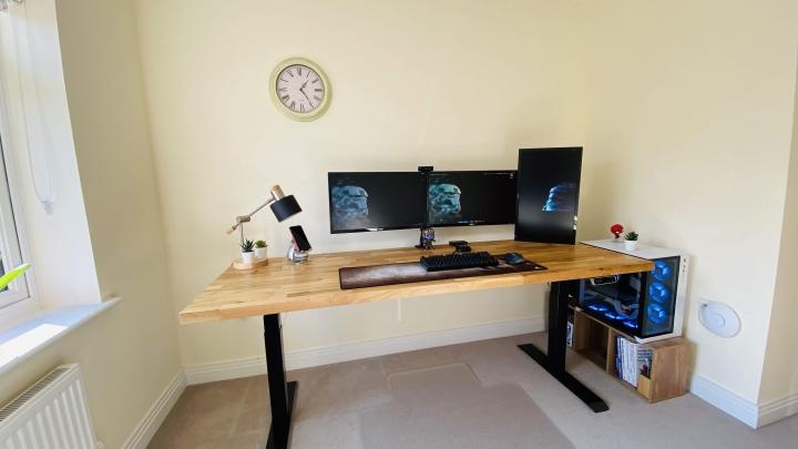 Show_Your_PC_Desk_Part190_90.jpg