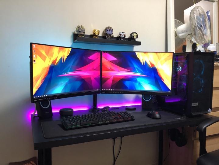 Show_Your_PC_Desk_Part190_93.jpg