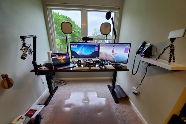 Show_Your_PC_Desk_Part191_01.jpg