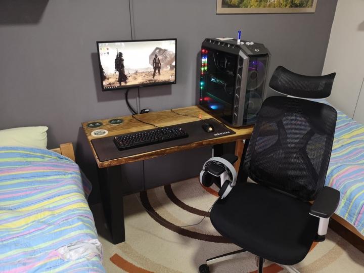 Show_Your_PC_Desk_Part191_02.jpg