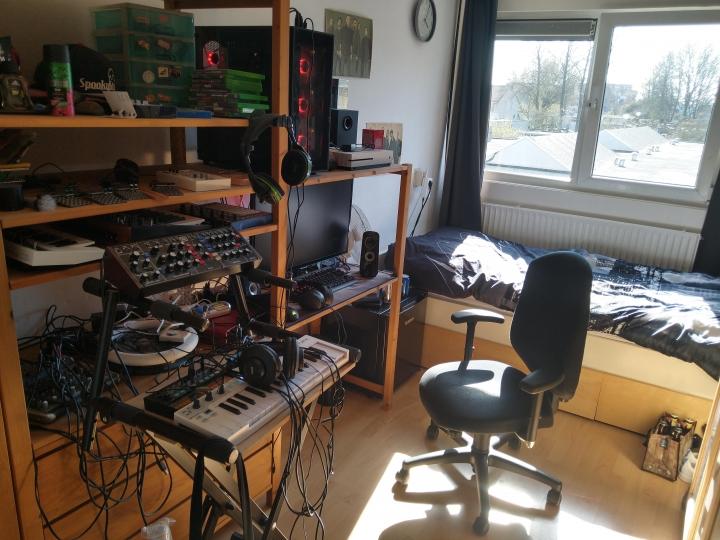 Show_Your_PC_Desk_Part191_04.jpg