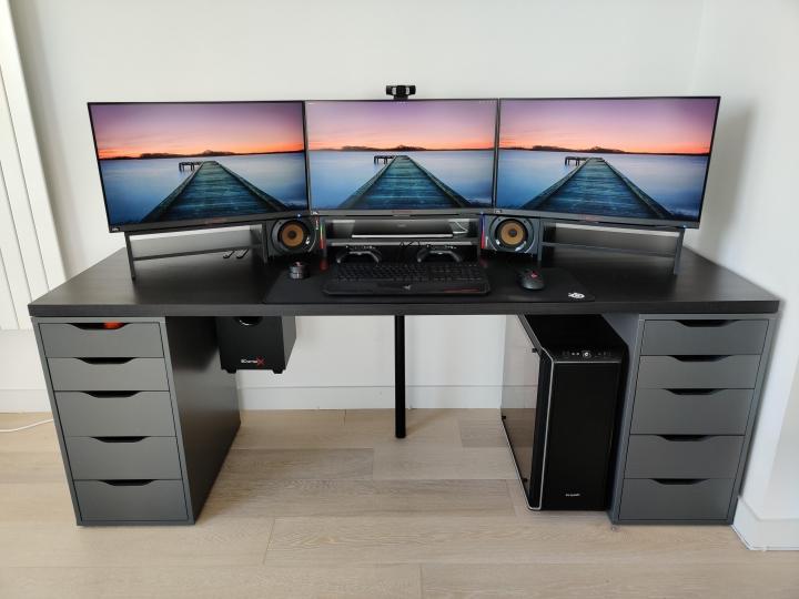 Show_Your_PC_Desk_Part191_24.jpg
