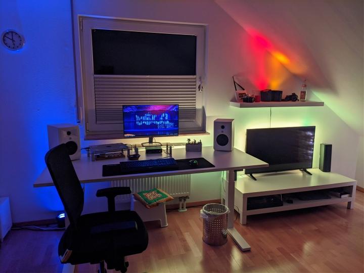 Show_Your_PC_Desk_Part191_27.jpg