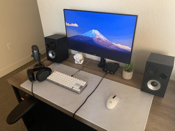 Show_Your_PC_Desk_Part191_32.jpg