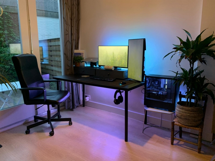 Show_Your_PC_Desk_Part191_80.jpg