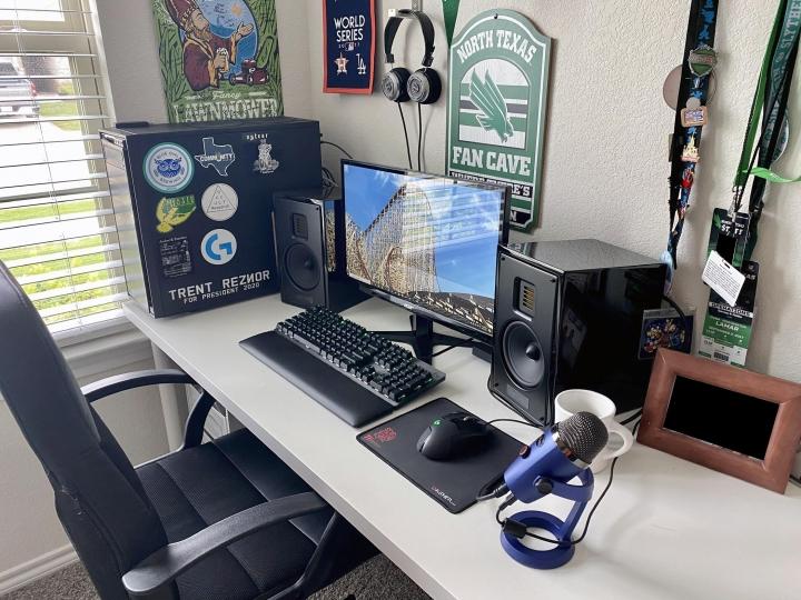 Show_Your_PC_Desk_Part191_86.jpg