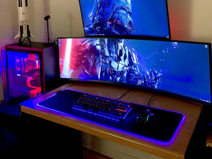 Show_Your_PC_Desk_UltlaWideMonitor51_02.jpg