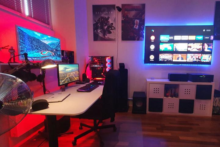 Show_Your_PC_Desk_UltlaWideMonitor51_06.jpg