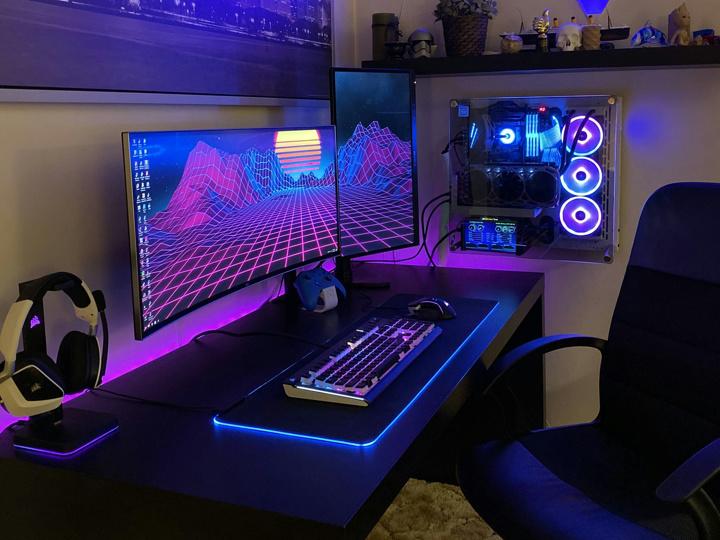 Show_Your_PC_Desk_UltlaWideMonitor51_08.jpg