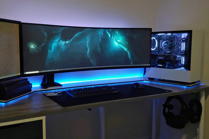 Show_Your_PC_Desk_UltlaWideMonitor51_12.jpg