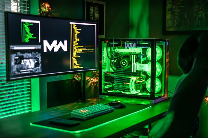 Show_Your_PC_Desk_UltlaWideMonitor51_15.jpg