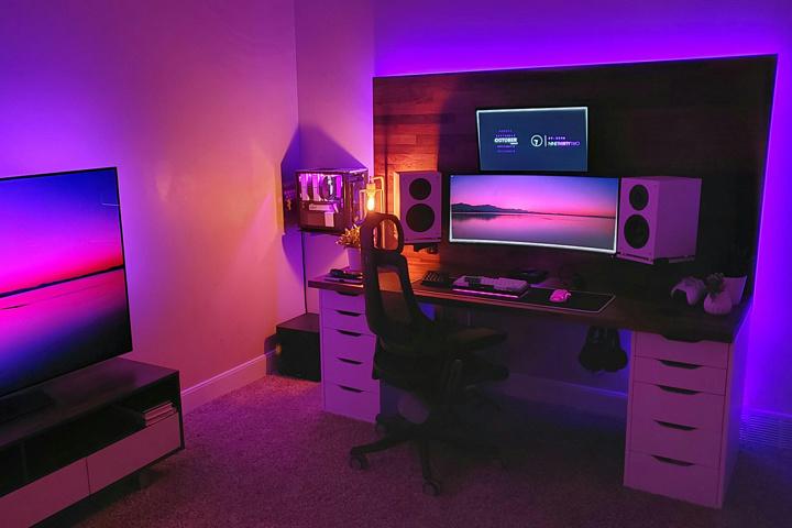 Show_Your_PC_Desk_UltlaWideMonitor51_17.jpg