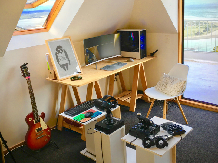 Show_Your_PC_Desk_UltlaWideMonitor51_22.jpg