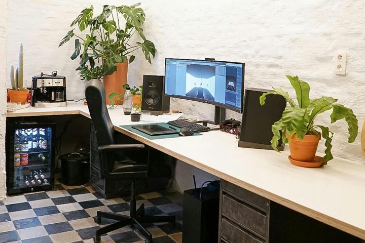 Show_Your_PC_Desk_UltlaWideMonitor51_23.jpg