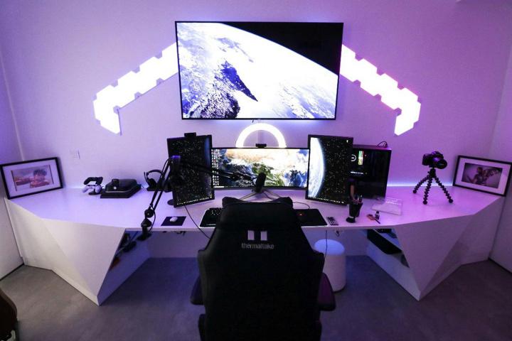 Show_Your_PC_Desk_UltlaWideMonitor51_24.jpg