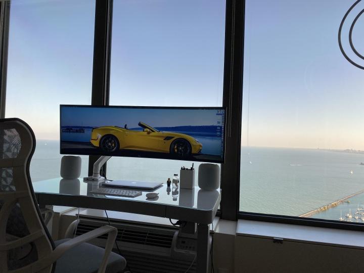 Show_Your_PC_Desk_UltlaWideMonitor51_35.jpg
