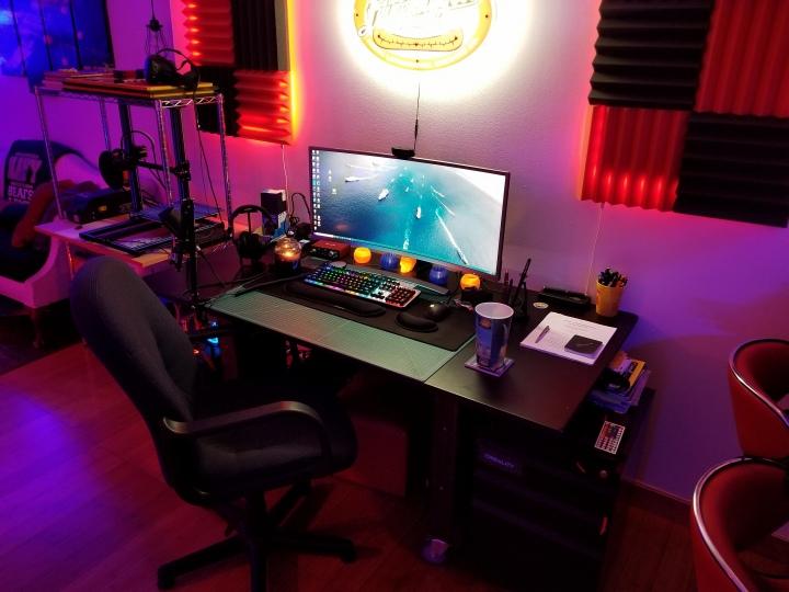 Show_Your_PC_Desk_UltlaWideMonitor51_45.jpg