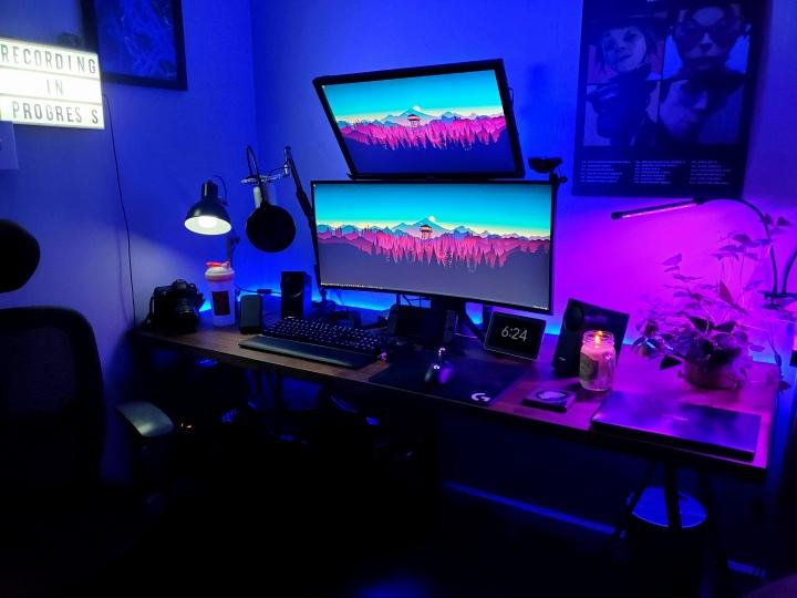 Show_Your_PC_Desk_UltlaWideMonitor51_65.jpg