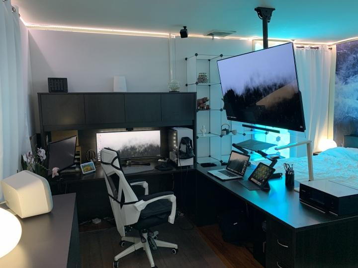 Show_Your_PC_Desk_UltlaWideMonitor51_69.jpg