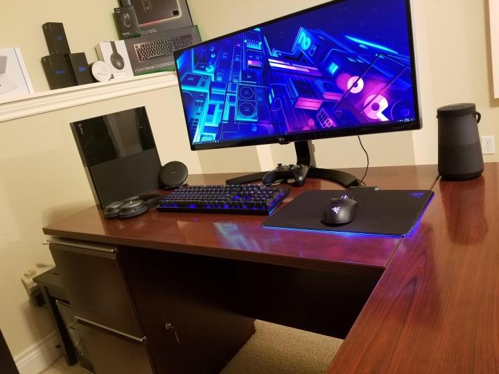 Show_Your_PC_Desk_UltlaWideMonitor51_71.jpg