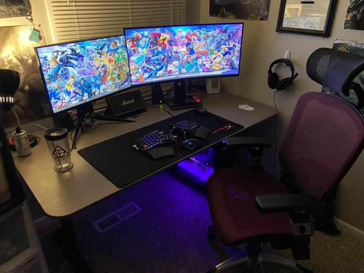 Show_Your_PC_Desk_UltlaWideMonitor51_77.jpg