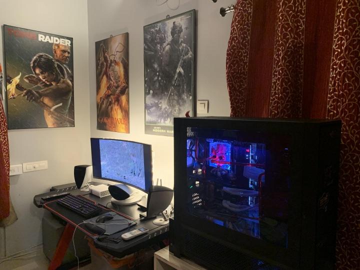 Show_Your_PC_Desk_UltlaWideMonitor51_80.jpg