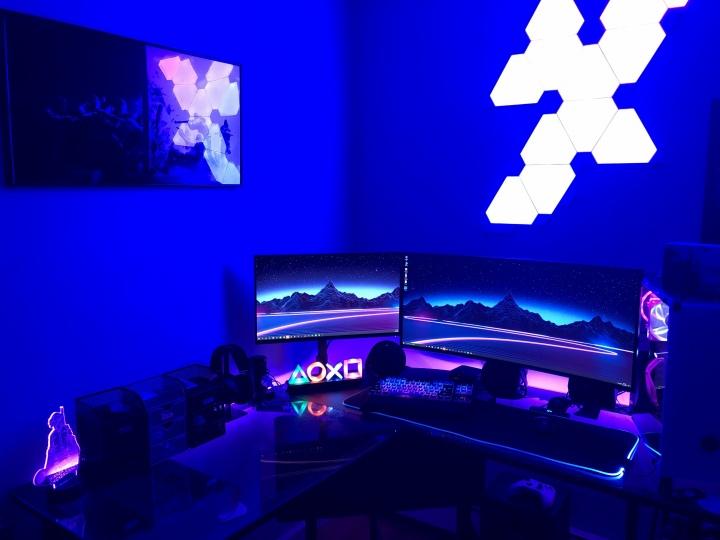 Show_Your_PC_Desk_UltlaWideMonitor51_88.jpg