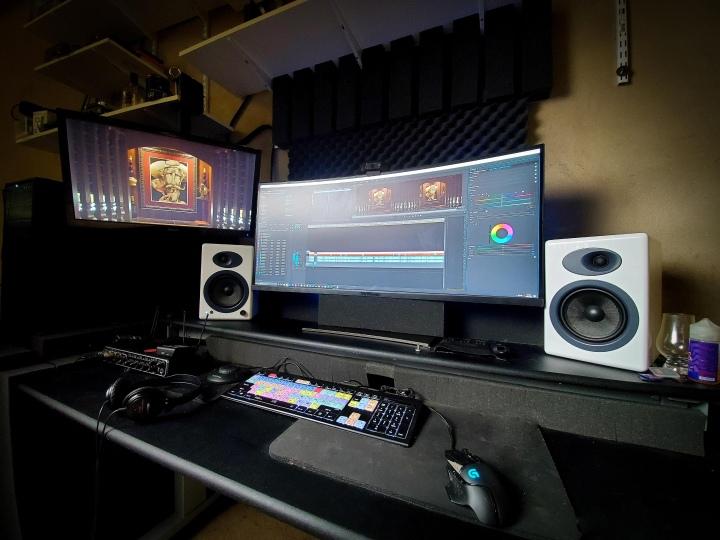 Show_Your_PC_Desk_UltlaWideMonitor51_97.jpg