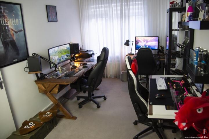 Show_Your_PC_Desk_UltlaWideMonitor52_09.jpg